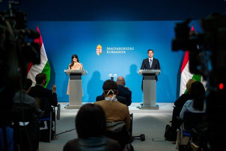 Minden Magyarországra érkező vakcinát ingyenessé tesz a kormány