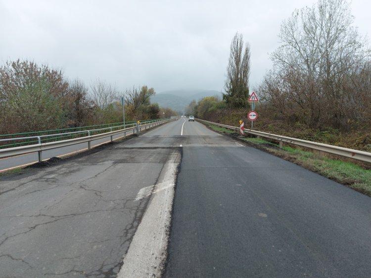 Elkezdődött a 38-as számú főútvonal felmarása Rakamaz és Tokaj között
