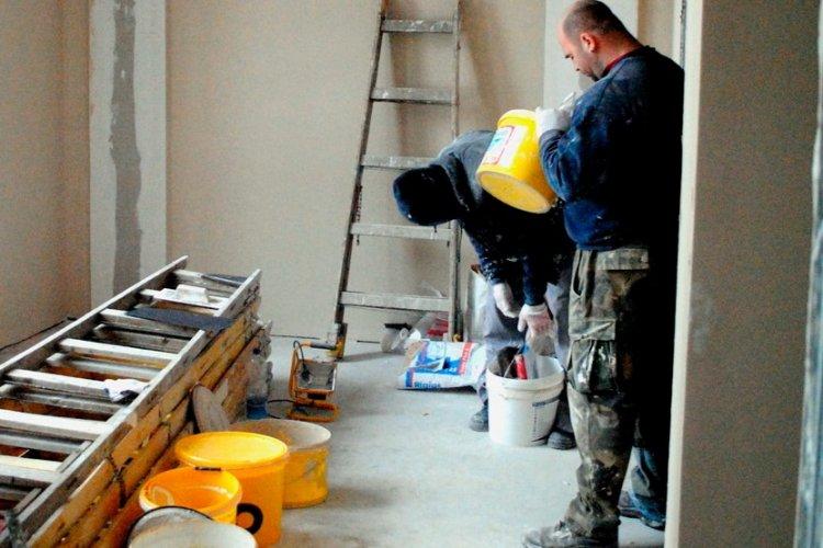 Felkavarja a piacot állami lakásfelújítási program, többen keresnek felújítandó lakást