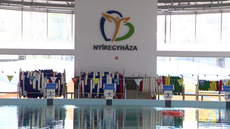 Tovább folytathatják az edzéseket a sportolók az új, Városi Uszodában
