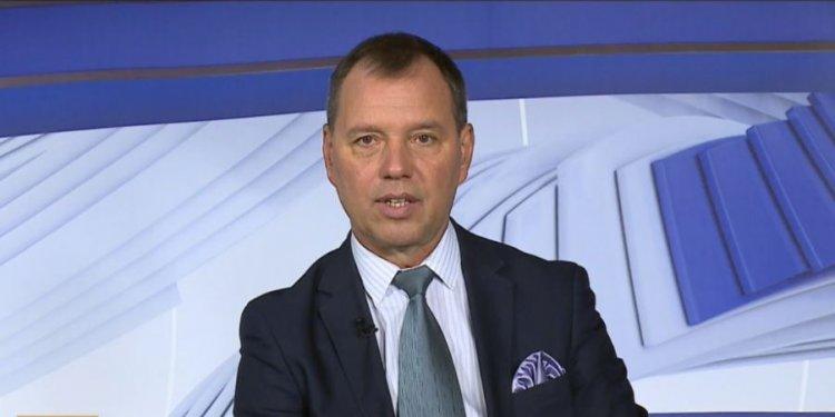 Szlávik: csak a szabályok betartásával lehet megakadályozni a járvány terjedését
