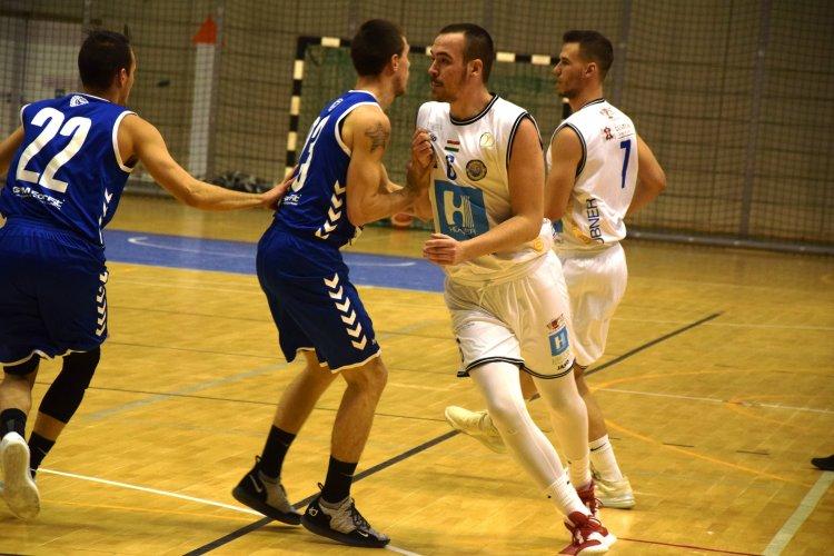 Továbbjutás a Hepp-kupában - Simán nyertek az Eger ellen a kosarasok