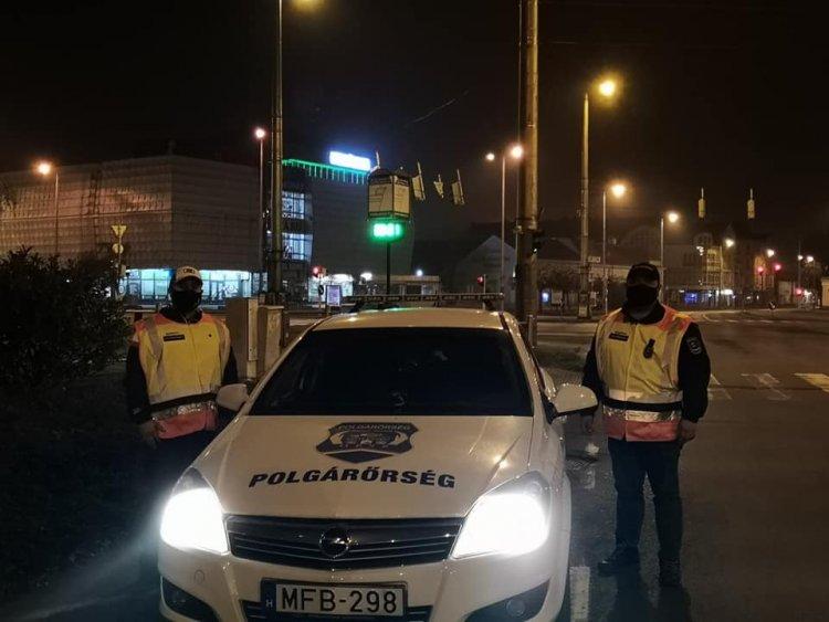 Húsz Polgárőr Egyesület működik Nyíregyházán - A kijárási tilalom alatt is dolgoznak