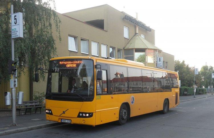 December 1-től nem lehet jegyet vásárolni az autóbusz-vezetőknél a nyíregyházi buszállomáson