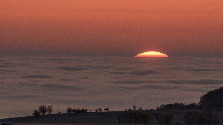 Ezekben a megyékben valószínűleg az orrunkig sem fogunk látni a sűrű ködtől