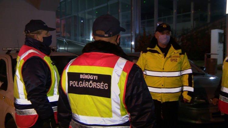 Éjszakai ellenőrzés Nyíregyházán – A Kossuth téren jártunk este nyolc óra után