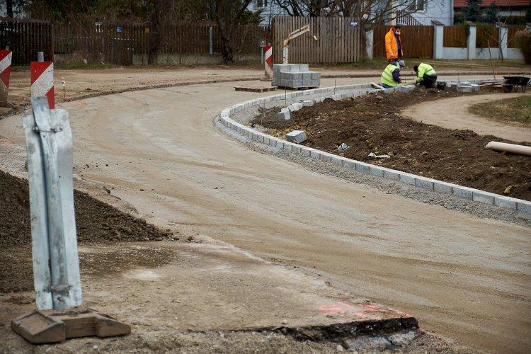 Megújul az Orgona utca – Jól halad a felújítás a Kertvárosban