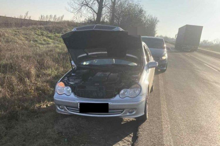 A járművezető és a jármű sem rendelkezett a közlekedéshez szükséges engedélyekkel