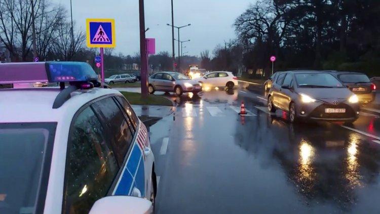 Elgázoltak egy gyalogost a Stadion utca és Krúdy Gyula utcai átkelőhelyen
