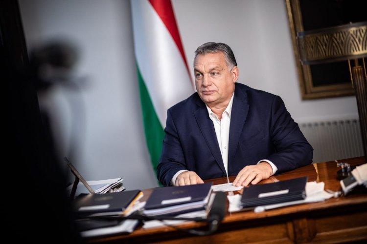 Orbán Viktor: Januártól fél évvel meghosszabbítjuk a hitelmoratóriumot