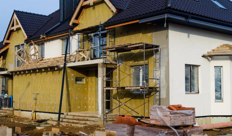 Így veheti igénybe a kormány új otthonfelújítási támogatását