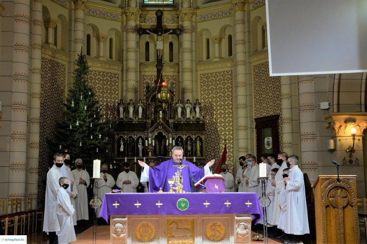 Elbúcsúzott a plébániától Felföldi László atya!  A Pécsi Egyházmegye püspöke lesz!