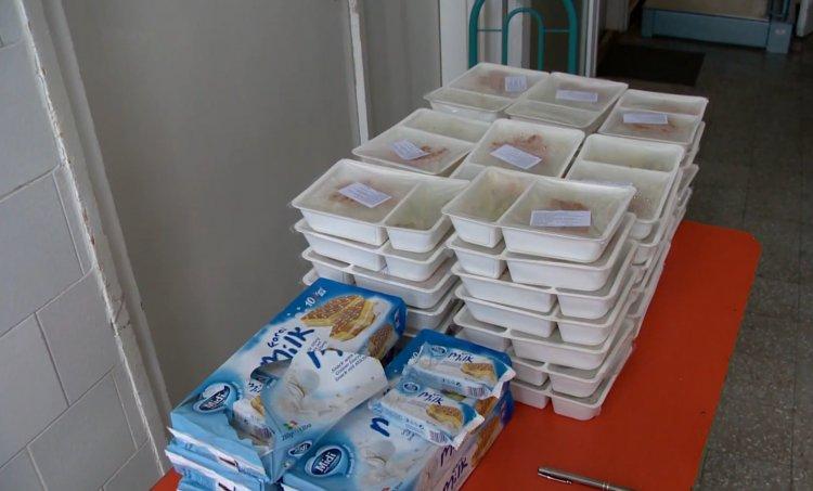Folyamatos a gyermekétkeztetés – Házhozszállítással biztosítják az ebédet Nyíregyházán
