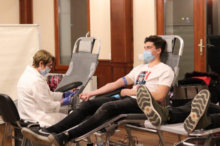 Véradásra buzdít az Országos Vérellátó Szolgálat és a Magyar Vöröskereszt