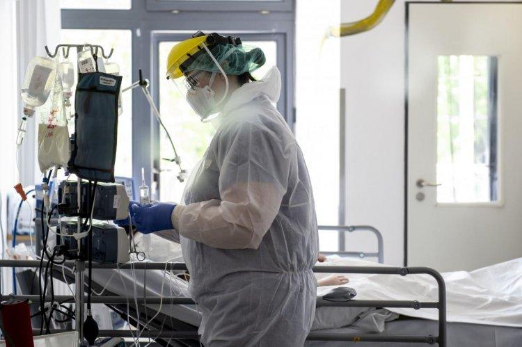 Merkely Béla: helytálltak az egészségügyi dolgozók