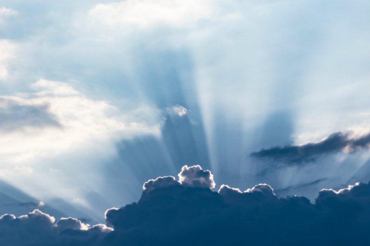 Napsütés és akár 12 fok is lehet szombaton - Estére újra eshet az eső