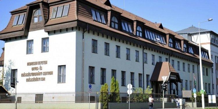 A pandémia utáni esztendőre készülnek a Debreceni Egyetem Egészségügyi Karán