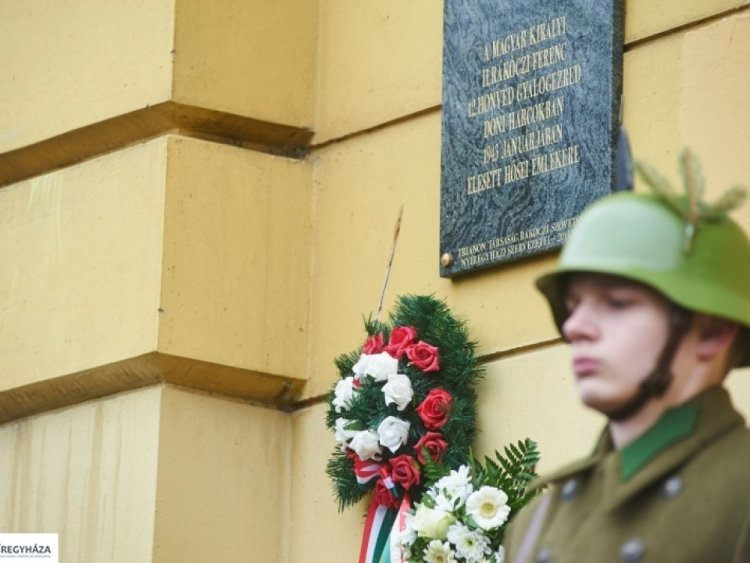 A doni harcokban elesett hősökre emlékezik a Rákóczi Szövetség és a Trianon Társaság