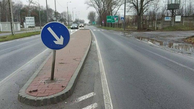 Ismeretlen járművek több kikerülést jelző táblát is kitörtek az elmúlt napokban