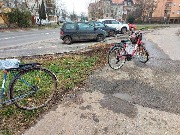 Súlyos sérülés: két kerékpáros ütközött össze a Semmelweis utcán péntek délelőtt