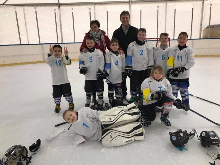 Pályán a jégkorongosok - Három meccsből kettőt nyertek a kicsik