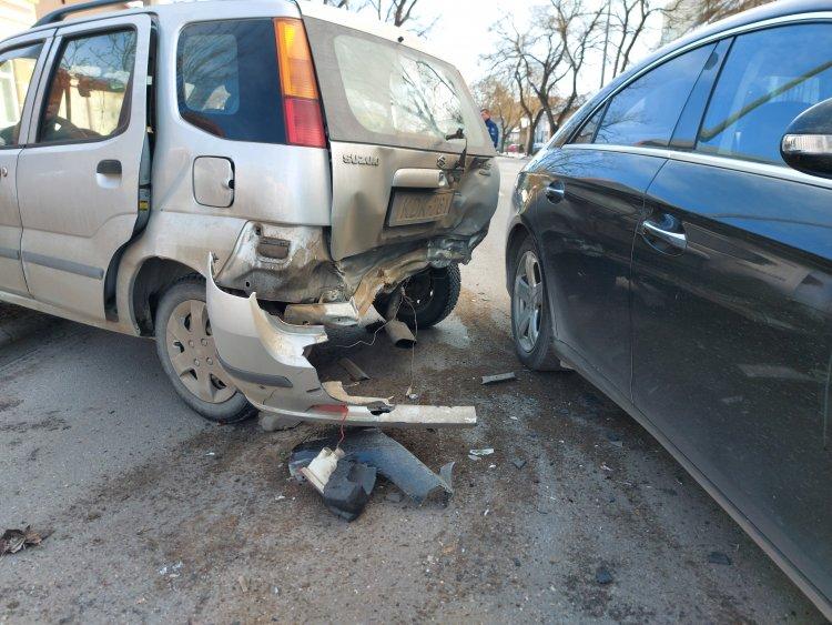 Baleset történt a Bethlen Gábor utcán – Mindkét autó totálkáros lett