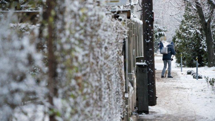 Lapátra magyar! Országszerte leesik a hó