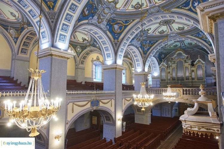 Visszakapta régi fényét a nyíregyházi evangélikus nagytemplom belső tere