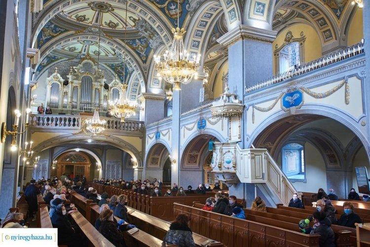 Befejeződött a templom felújítása, ma hálaadó istentiszteletet tartottak benne