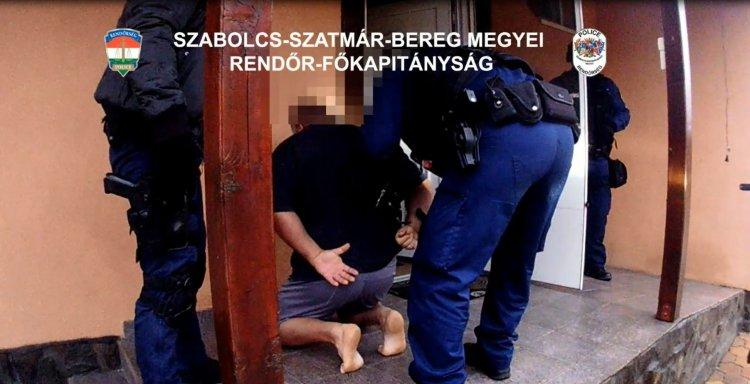 Több éve bujkált, a szabolcsi rendőrök elfogták