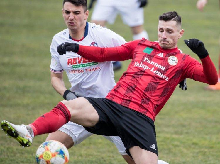 Vereség Dorogon - Tovább várat magára az első Szpari gól tavasszal
