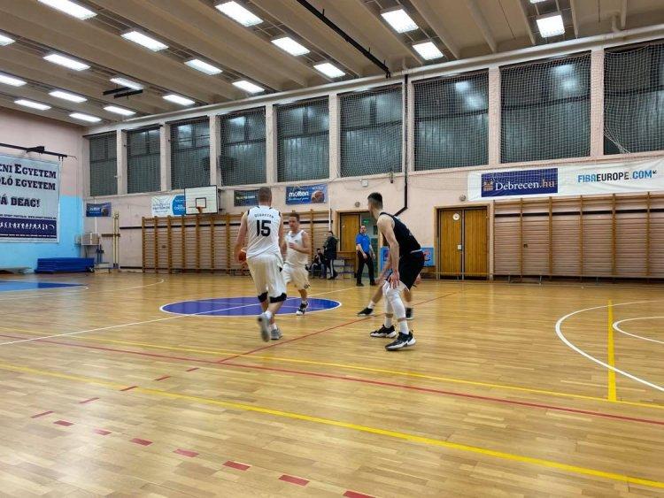 Megszakadt a 14 meccses győzelmi széria - Kikapott a NYÍKSE Debrecenben