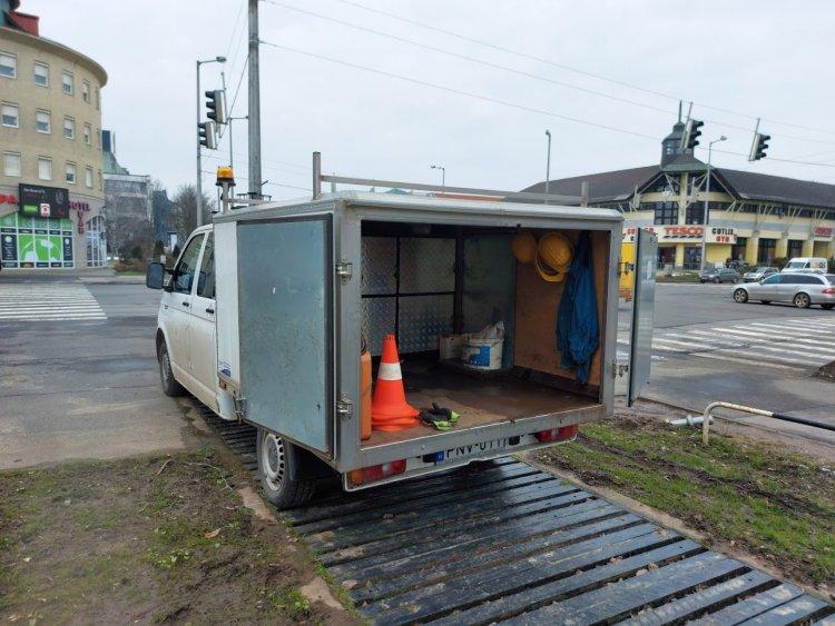 A Nyírtávhő munkatársai a város több pontján is munkálatokat végeznek