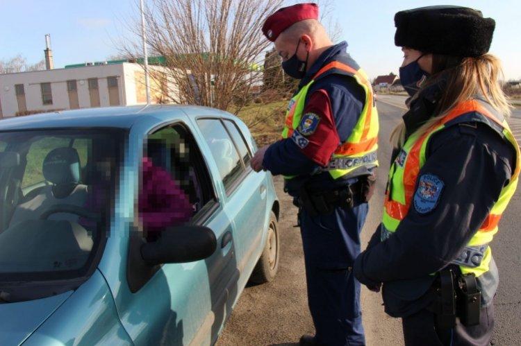 Összehangolt közlekedésbiztonsági ellenőrzést tartottak Szabolcs-Szatmár-Bereg megyében