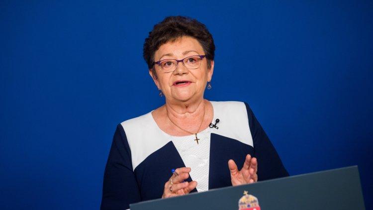 Müller Cecília: minél előbb ki kell alakítani a lakosság védettségét