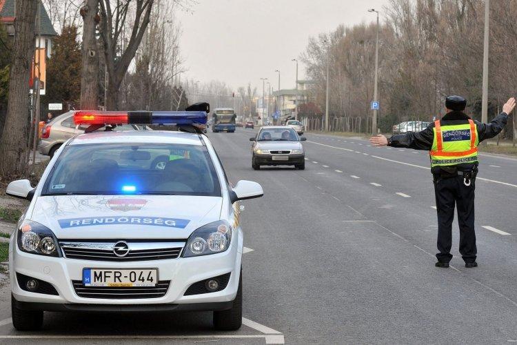 Országos ellenőrzést tart a rendőrség az utakon