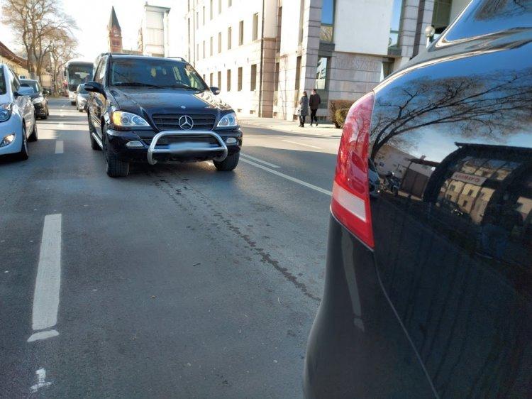 Anyagi kárral járó baleset történt a Bocskai utcán