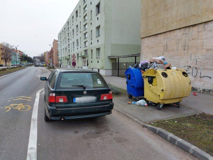 Szemétszállítás: kérik a sofőröket, hogy ne akadályozzák a munkát a parkolással