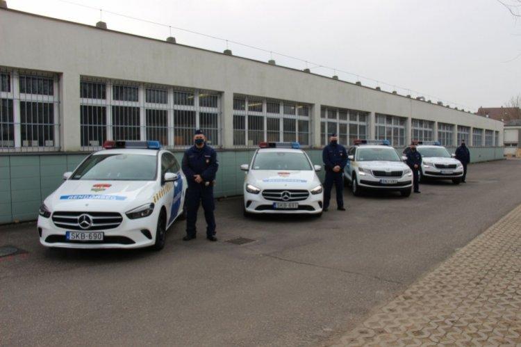 Új szolgálati gépkocsik Szabolcs megyében