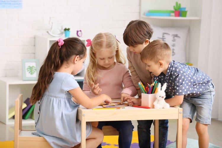 Sajtóközlemény – Gyermekfelügyelet az óvodákban, iskolákban