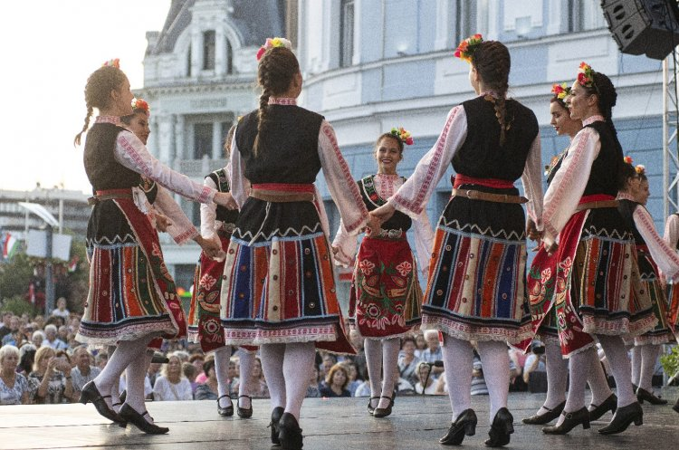 Nőnap – A szebbik nem tagjai, akikre minden magyar büszke lehet