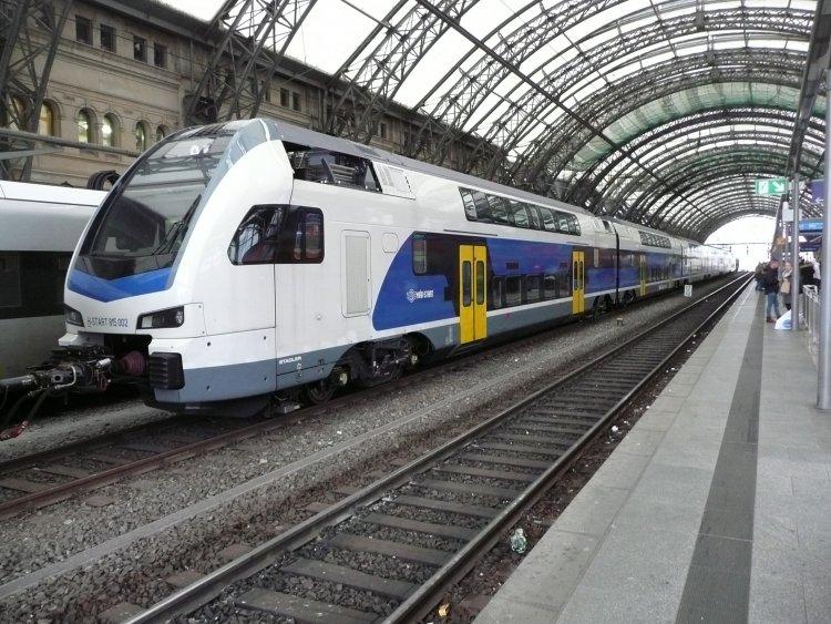 Emeletes motorvonatok: elsősorban a budapesti elővárosi vonalakon közlekednek majd
