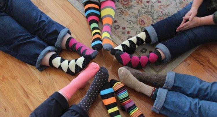 Március 21. a Down-szindróma világnapja – Hashtag felemás zokni és egyenjogúság