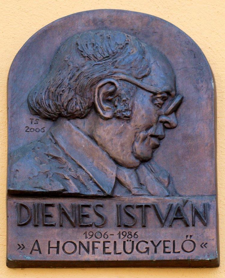 Amiről az utcák mesélnek... - A 115 évvel ezelőtt született Dienes István emlékére 2.