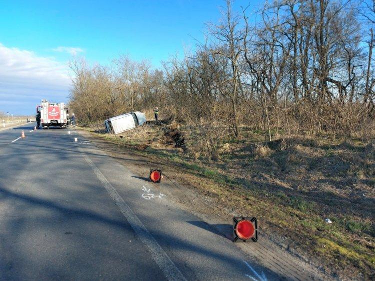 Két autó ütközött Nyírtelek és Gyulatanya között szerda reggel, egy személy kórházban