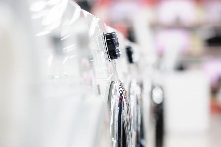 Új energiacímkék a termékeken – Eltűntek az A kategóriás háztartási eszközök a boltokból