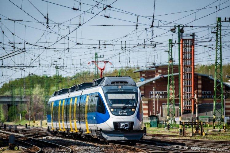 Az óraátállítás miatt változik néhány éjszakai belföldi és nemzetközi vonat menetrendje