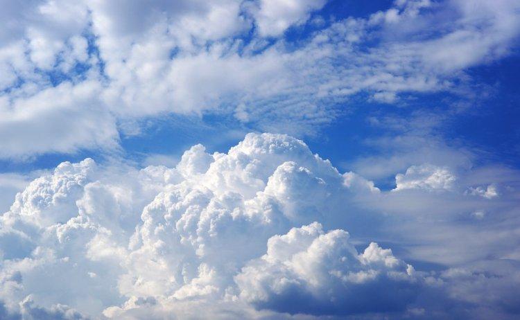 Országos Meteorológiai Szolgálat: felhős, de meleg hétfőnk lesz