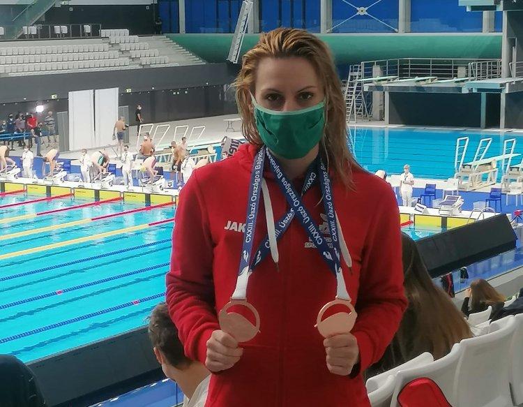 Két bronzérem  - Szurovcsják Ivett úszó kétszer is dobogóra állhatott az OB-n