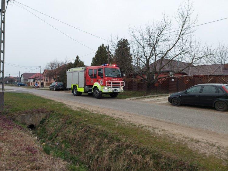 Ajtónyitáshoz hívták a tűzoltókat Nyírtelekre szerda reggel